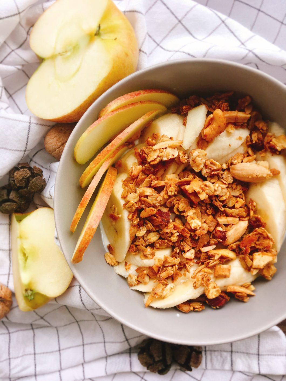 Rezept für Granola mit Nüssen und Haferflocken