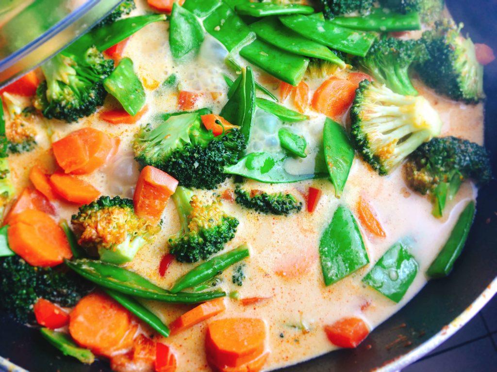 Pfannengemüse für rotes Thai-Curry