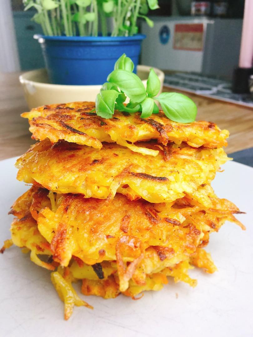 Rezept für gesunde Kartoffel-Karottenpuffer